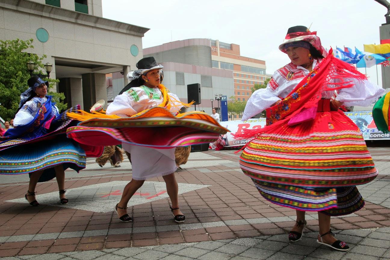 Vestimenta Tradicional Ecuatoriana trajes típicos de las mujeres