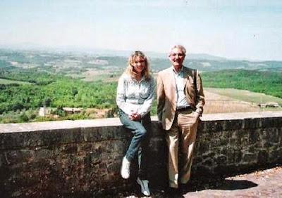 José María Gutiérrez Dopino con la Dra. Luz Marina Tinjacá Ramírez (GM ICCF) en el Castillo de Siena en 2010
