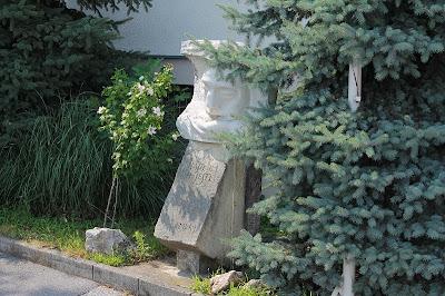 Ruka Sv. Antuna - Vlade Radas, 2002.