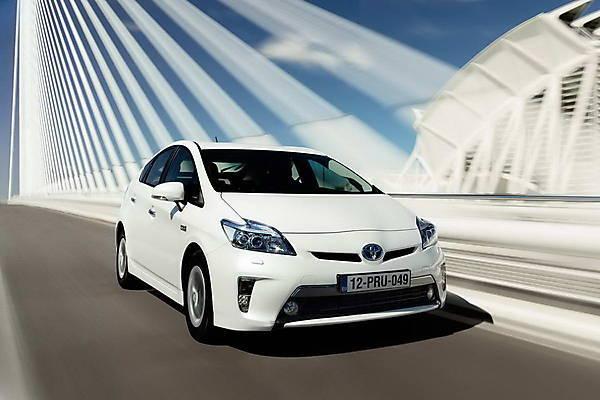 Toyota Prius 2013 года