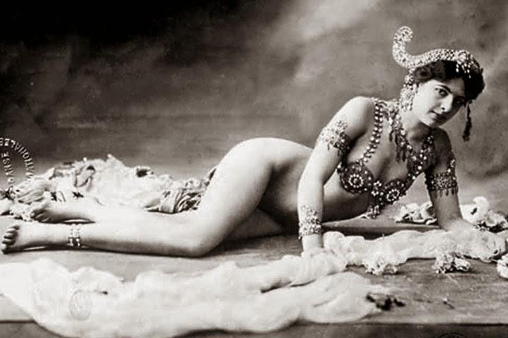Мата Хари на снимках Валери Люсьена. Фотоньюс Пост