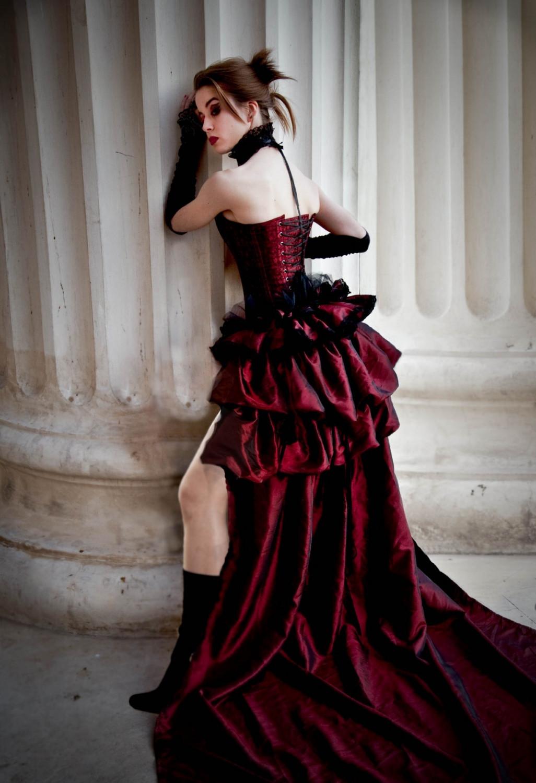Be An Elegant Woman
