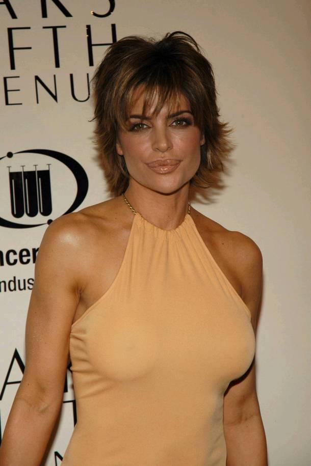 Celebrity Hairstyle Haircut Ideas Lisa Rinna Short