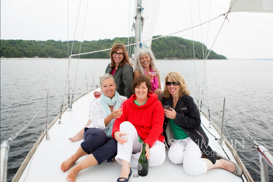 Door County Friend Portraits Outdoor on the Sailboat