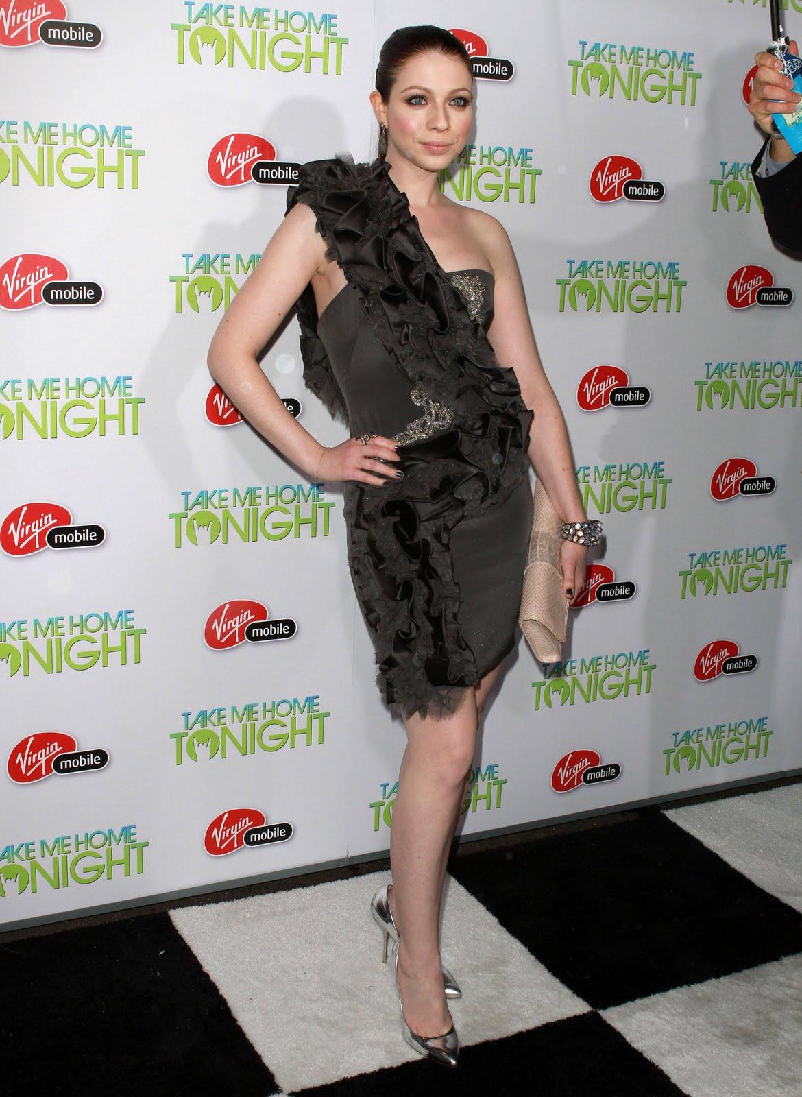 http://3.bp.blogspot.com/-6rgFGWTY9rQ/TbnpXT_-BgI/AAAAAAAAHfM/Qxs-E8vUbSA/s1600/Michelle_Trachtenberg_Take_Me_Home_Tonight_Premiere_J0001_030.jpg
