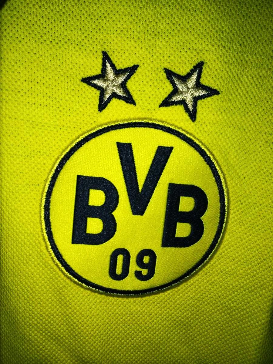 PUMA polo shirt celebrates Borussia Dortmund