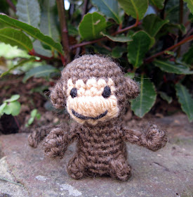 Amigurumi Stuffing Alternatives : LucyRavenscar - Crochet Creatures: Mini Monkeys - Free ...
