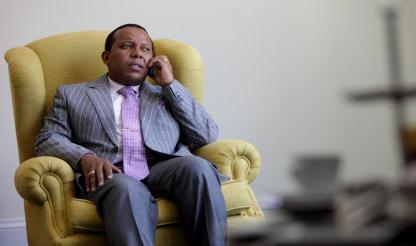 São Tomé e Príncipe: PM diz que número de candidatos às presidenciais é excessivo...
