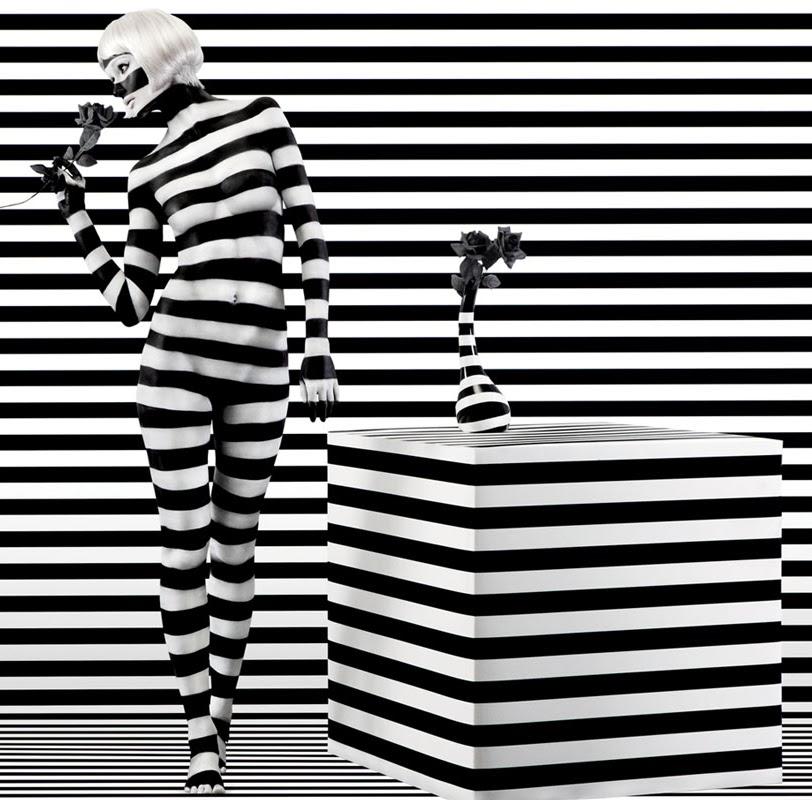 03-Aishti-Prada-Miu-Miu-YSL-Dolce-&-Gabbana-Dior-www-designstack-co