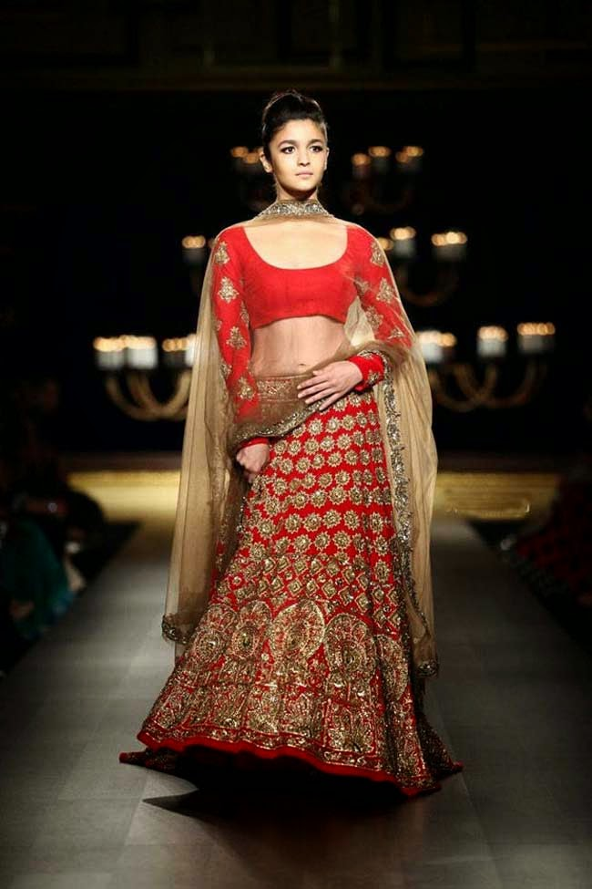Alia Bhatt at India Couture Week 2014