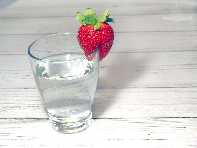 Frühlingserwachen - 5 Tipps gegen Frühjahrsmüdigkeit viel Wasser trinken