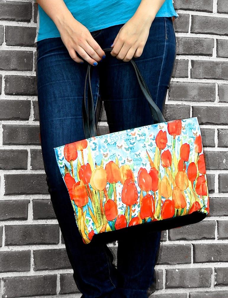 floral printed tote bag