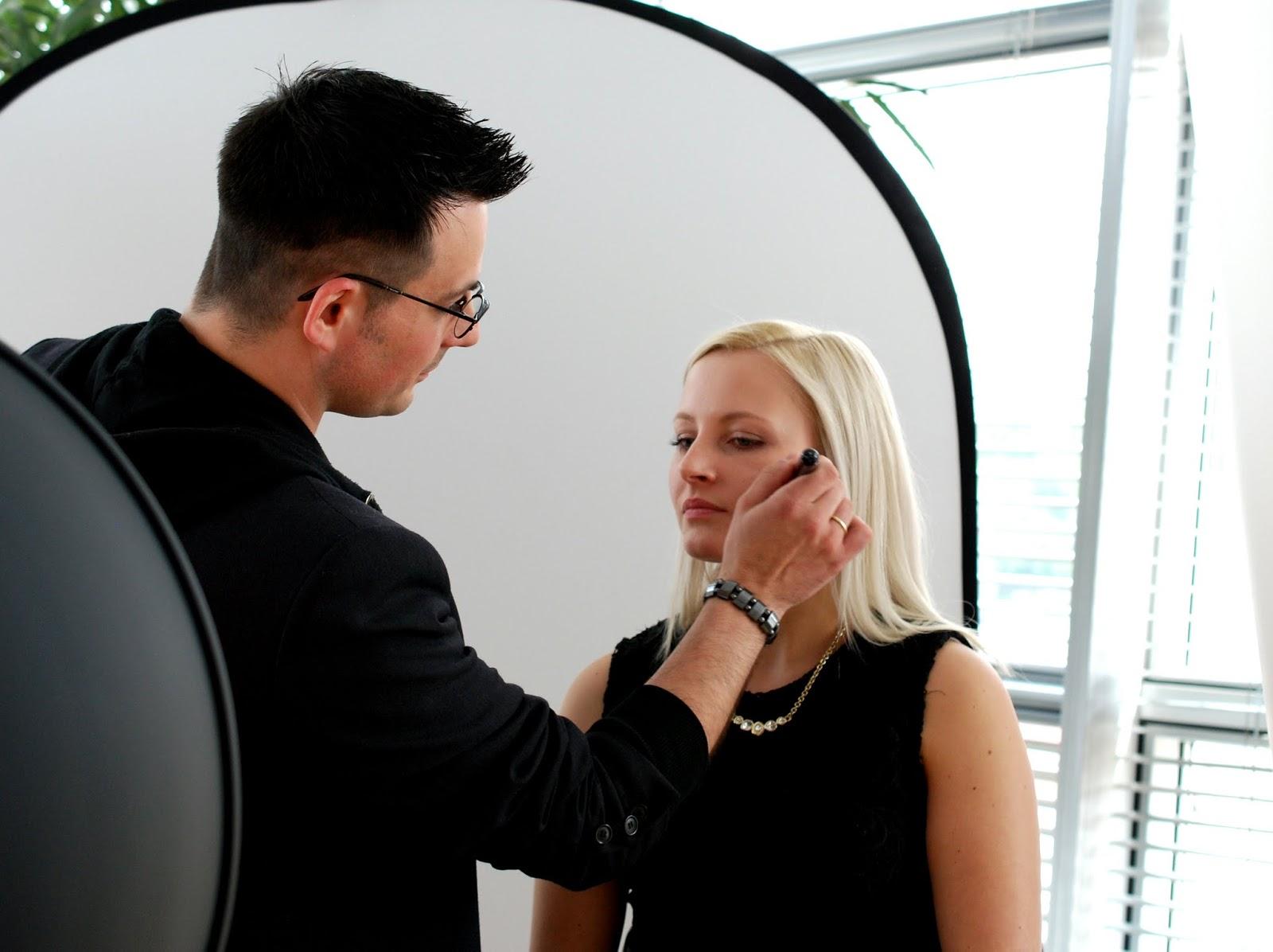 Shimmering Look von Nic geschminkt an Lisa