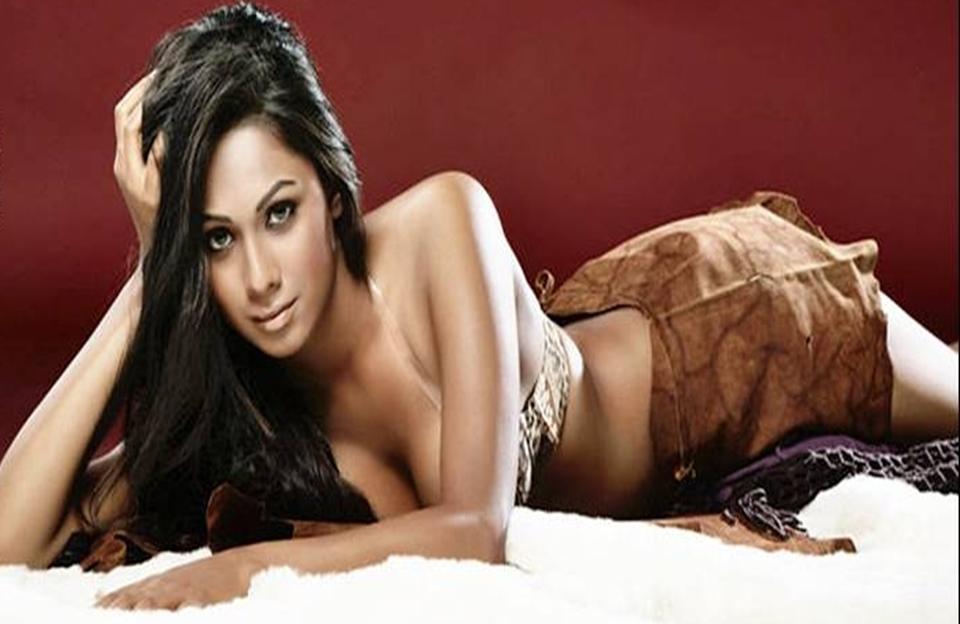 Pooja Bose Hot S Actress New Stills Gallery