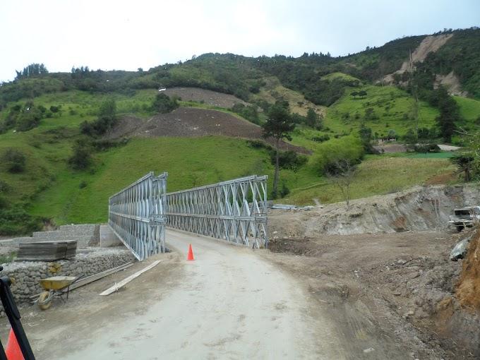 Por instalación de puente militar, cierre total de la vía Málaga – Curos