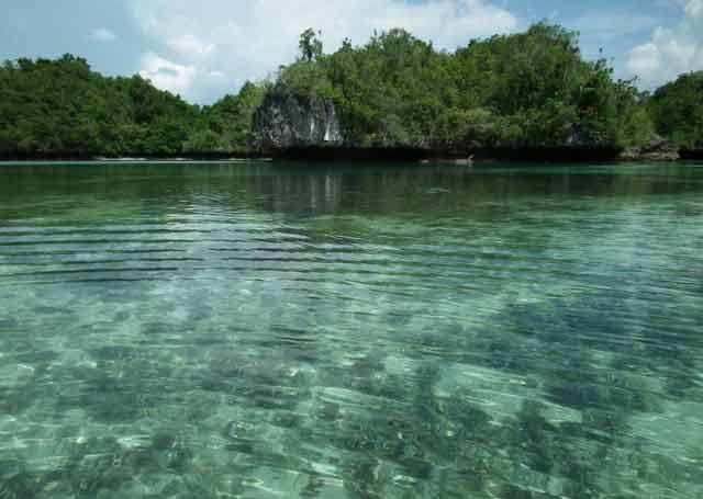Wisata Danau Napabale Muna