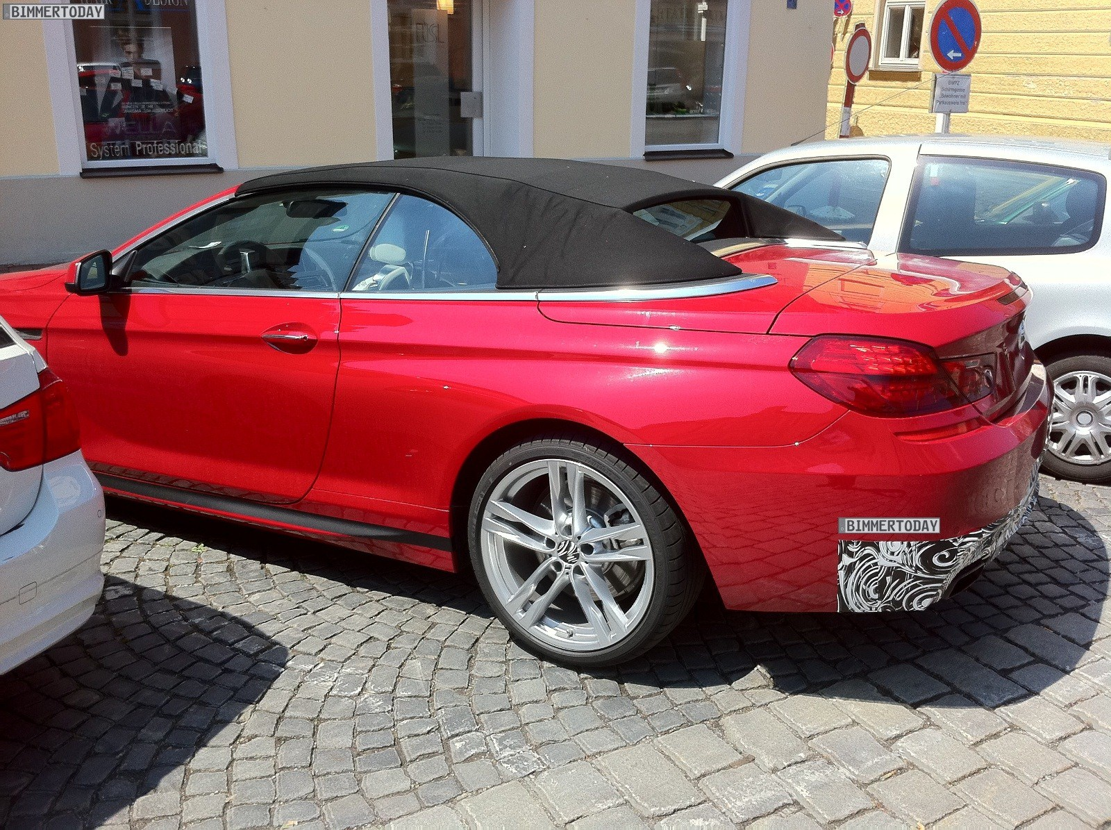 looks like a car spy photos 2012 bmw 6 series cabrio with m package. Black Bedroom Furniture Sets. Home Design Ideas