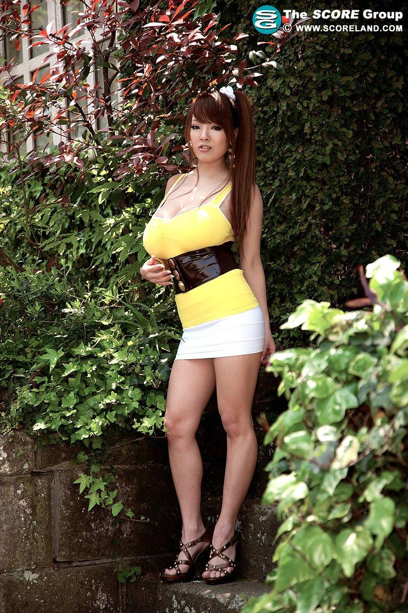Смотреть порно онлайн с китаянками на улеце 22 фотография