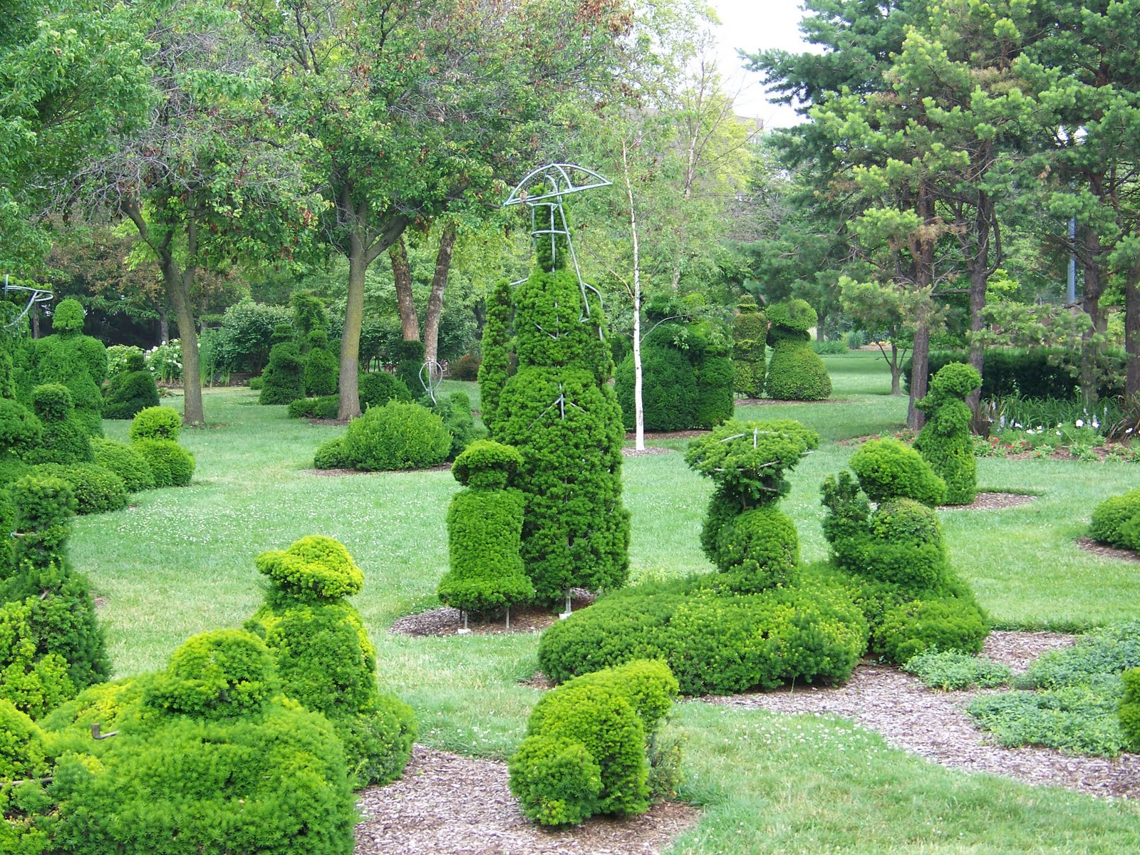 Our Nature The Topiary Garden In Columbus