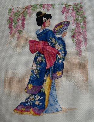 Svært korsstings broderi af Geisha.