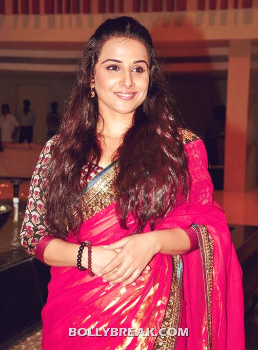 Vidya Balan in Pink Saree - Open Long Hair - Vidya Balan in Pink Saree - Open Long Hair
