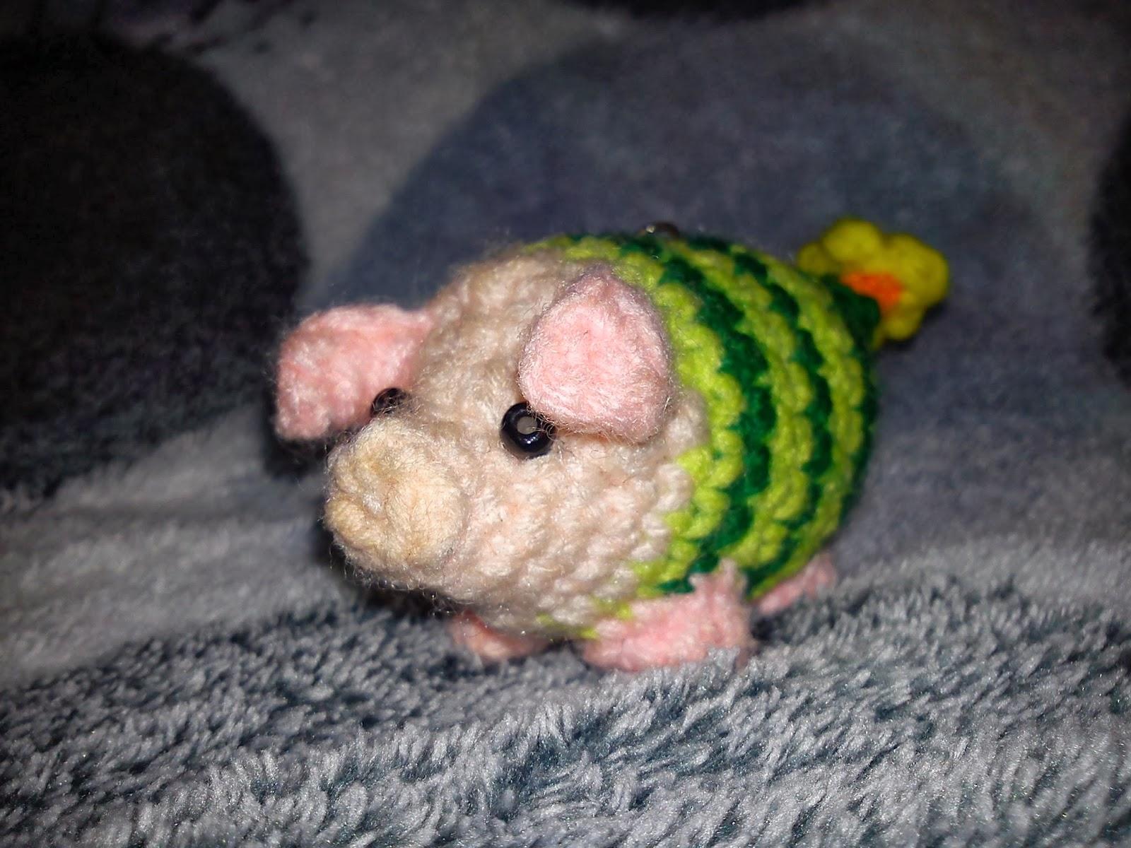 Amigurumi Monster Pattern Free Crochet : Monster hunter buddies the duchess hands