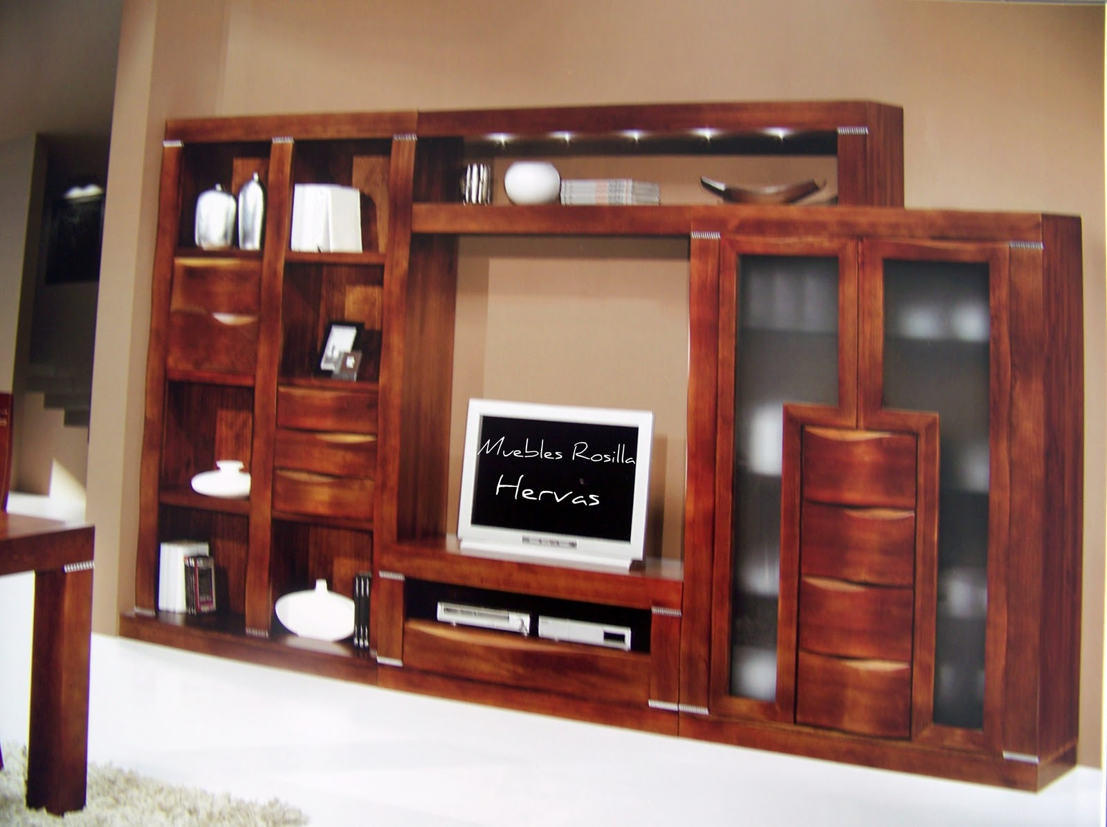 Muebles rosilla herv s composici n con luces led for Muebles hervas