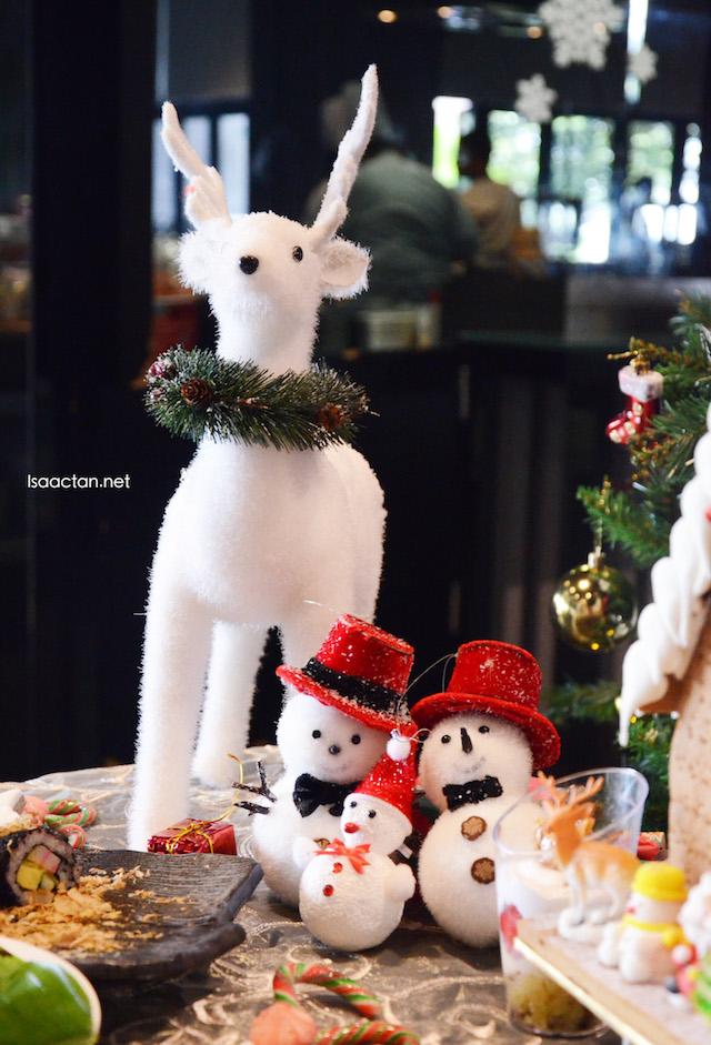 Christmas & New Year Buffet @ SKY360°, One City