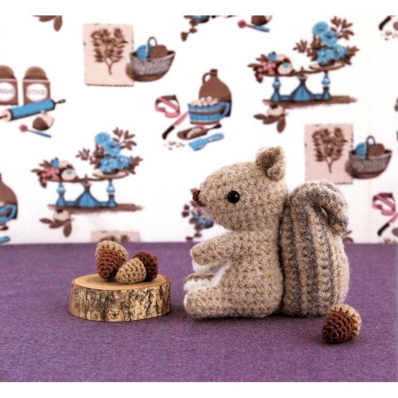 Crochet Amigurumi Squirrel : Squirrel and Acorn Amigurumi Plush Crochet Pattern PDF ...