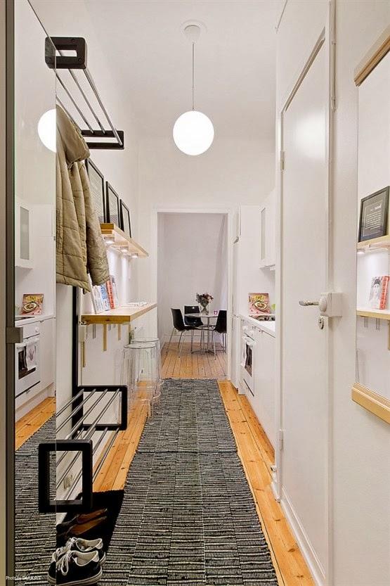 Buc t rie amenajat n hol jurnal de design interior for Cocinas abiertas al pasillo