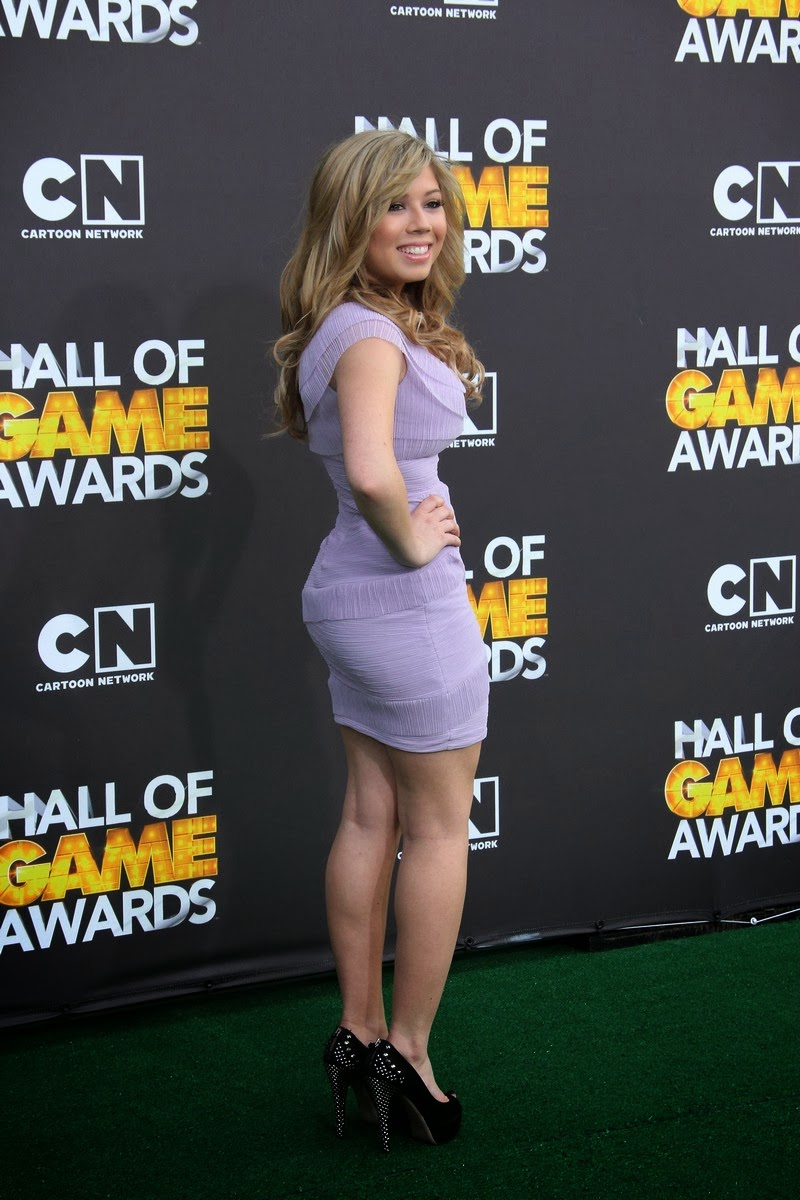 sexy jennette mccurdy