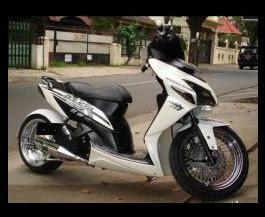 Honda Vario Modifikasi Dengan Velg Honda Jazz-gambar foto modifikasi motor terbaru 3.jpg