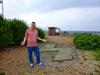 One of the many many many derelict and abandoned miniature golf courses we've found on our tour