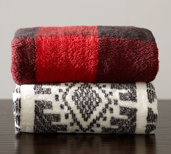 Loving Lately: Blankets - Happily Ever Parker