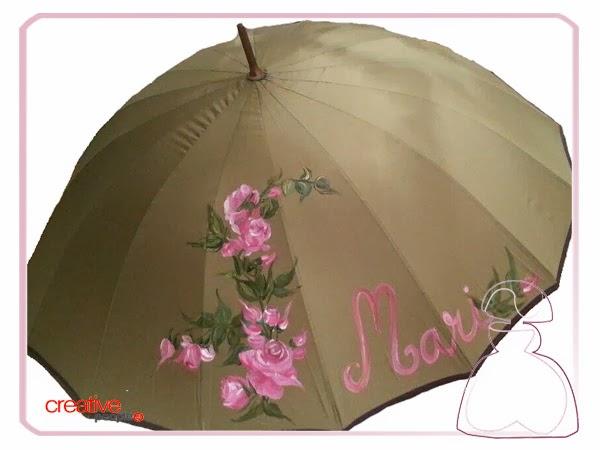 Paraguas pintado a mano por Sylvia Lopez Morant modelo Rosas.