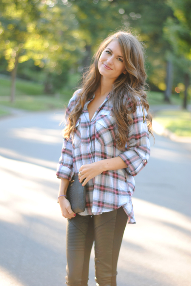 Cute look for fall, love the plaid shirt!