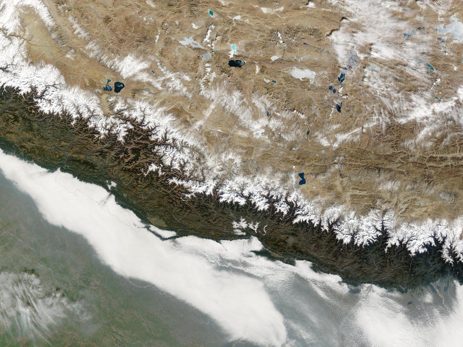 http://3.bp.blogspot.com/-6vci2CVshzM/TdGB3cyvJuI/AAAAAAAAAuY/j5_AgIyTiUc/s1600/Nepal.A2004009.0510.250m.jpg