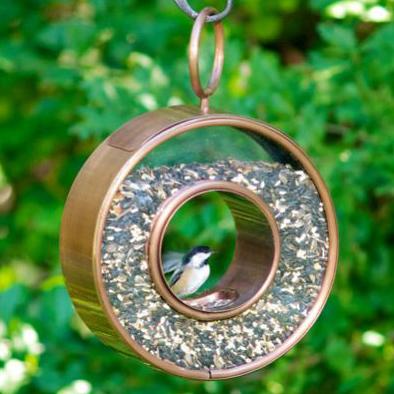 Comedero colgante de aves en forma circular la guarida geek - Comedero de pajaros ...