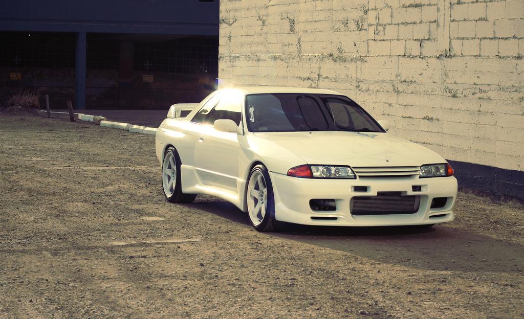 Nissan Skyline GT-R R32 日本車 日産 japoński sportowy samochód coupe
