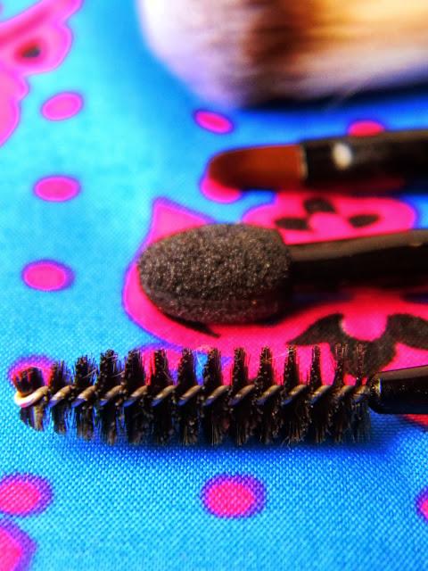 pincéis de maquiagem Natura