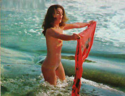 Naked Angelina Muniz in Karina Objeto do Prazer2 - XVideos