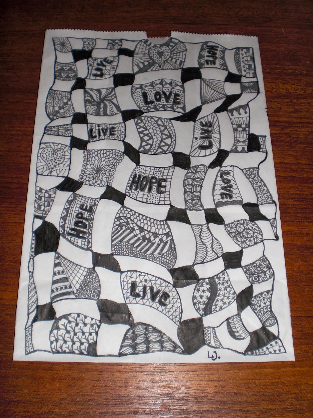 Zentangle kruseduller tegnet på lysposer til Kræftens Bekæmpelse