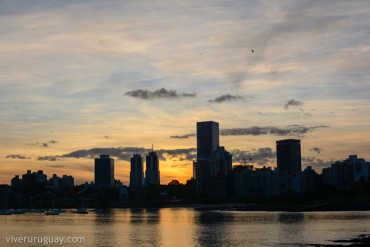 Ver o por do sol em Montevidéu