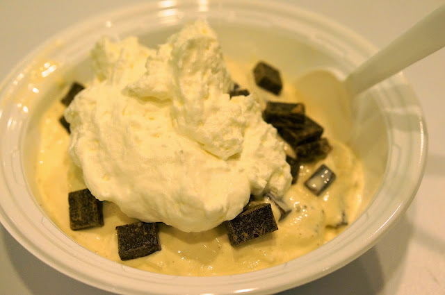 AMY'S ICE-CREAM, CHOCOLATE CHIP, WHIPPING CREAM