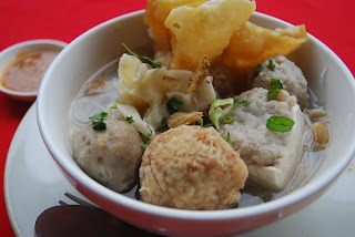 BAKSO (Meatballs) - INDONESIA ~ RESEP MAKANAN INDONESIA