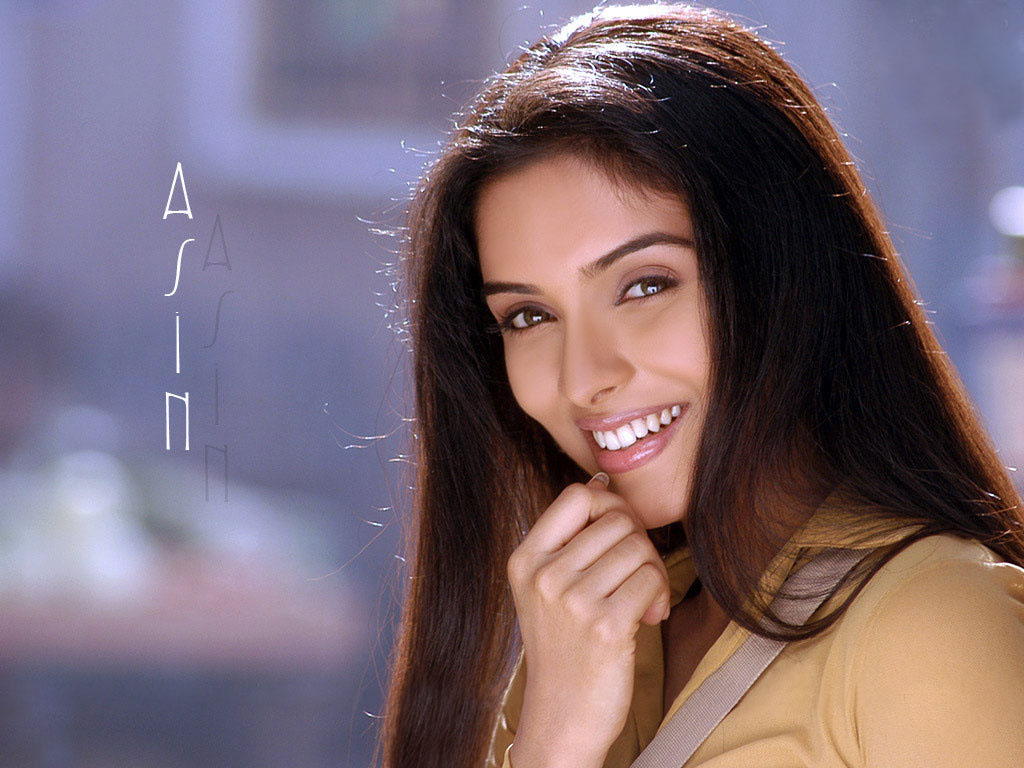http://3.bp.blogspot.com/-6xkNU_gexPM/TgnfbD2NVcI/AAAAAAAAA1k/niWLh7ynTXc/s1600/beautiful-asin-photo-wallpaper-pictures.jpg