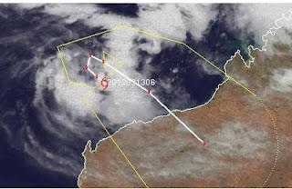 Tropischer Zyklon LUA vor Nordwest-Australien wird wahrscheinlich zu einem Hurrikan, Lua, Australien, Australische Zyklonsaison, aktuell, 2012, März, Satellitenbild Satellitenbilder, Vorhersage Forecast Prognose, Verlauf, Zugbahn, Karratha, Port Hedland, Broome