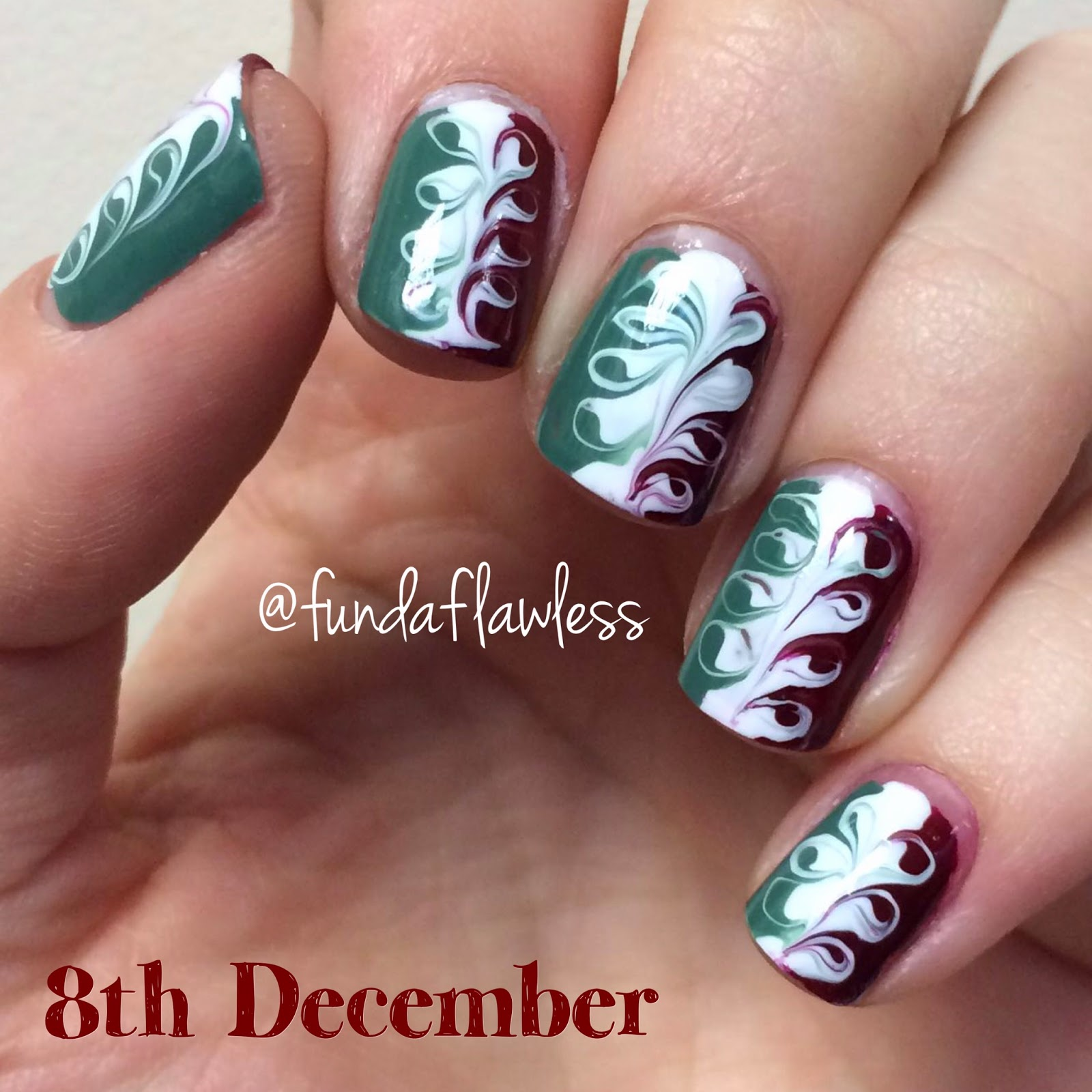 Christmas Swirl No Water Marble Nail Art