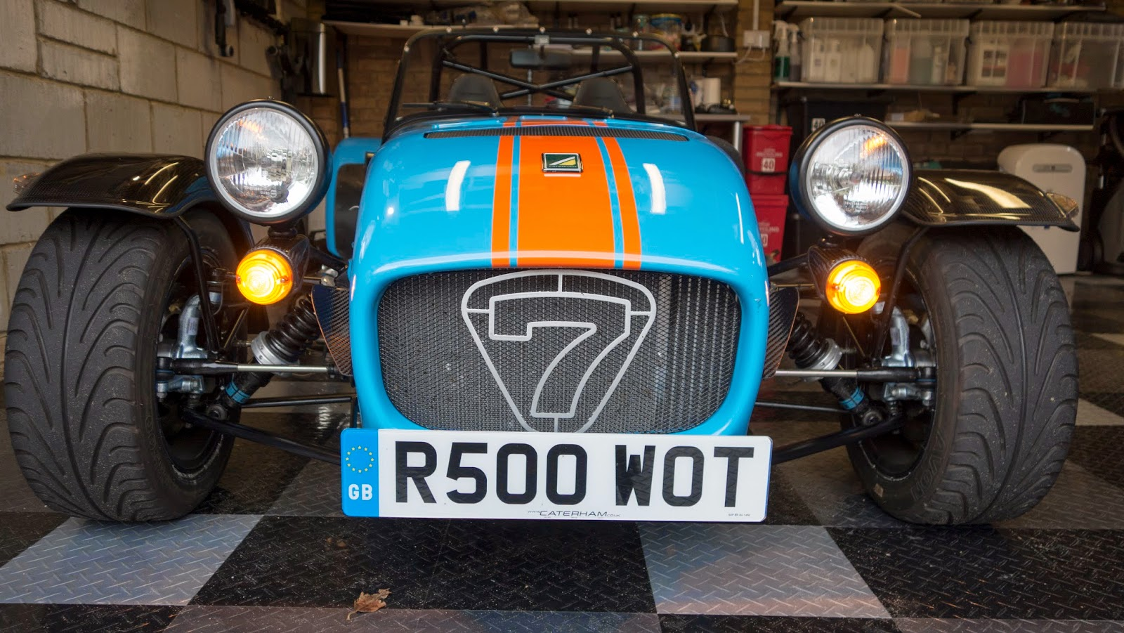 Caterham R500 Front with standard indicators illuminated.