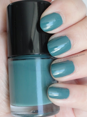 Tony Moly nail polish TR05 - Sad green